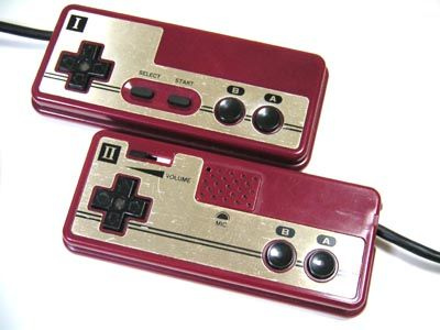 Famicom_controllers